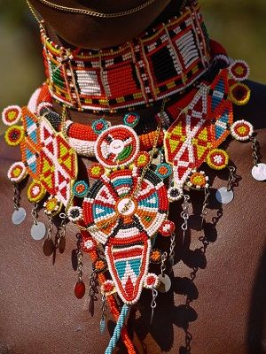 африканское украшение на шею