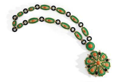 Ожерелье с хризопразами, кораллом, ониксом и бриллиантами от Van Cleef & Arpels