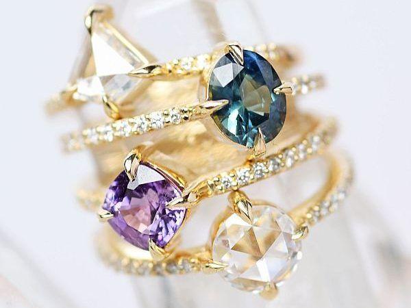 Обручальные кольца с камнями, соответствующими знаку Зодиака