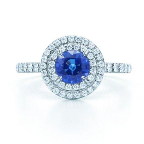 Кольцо Tiffany Soleste из платины с сапфиром и бриллиантами