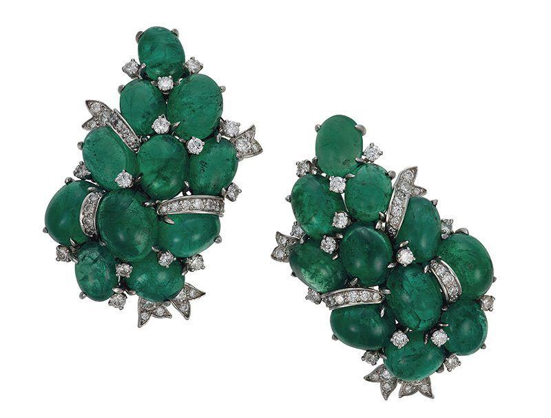 Серьги с изумрудами и бриллиантами от Verdura