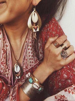 Ювелирные украшения в стиле этно