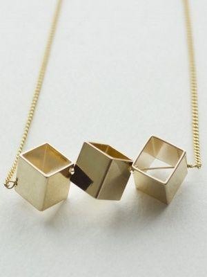 Ожерелье (кубизм)