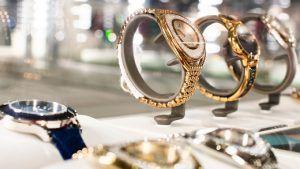Восстановление продаж в Китае увеличило экспорт швейцарских часов