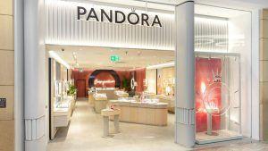 Pandora закрыла 25 % магазинов из-за COVID-19