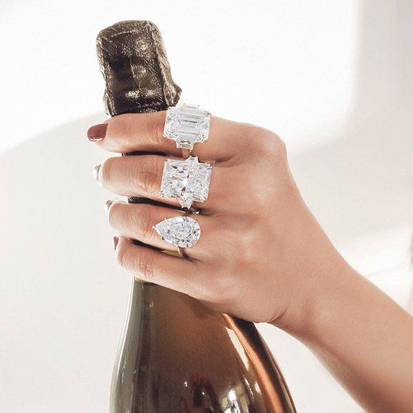 Счастливого Нового года от Rahaminov Diamonds