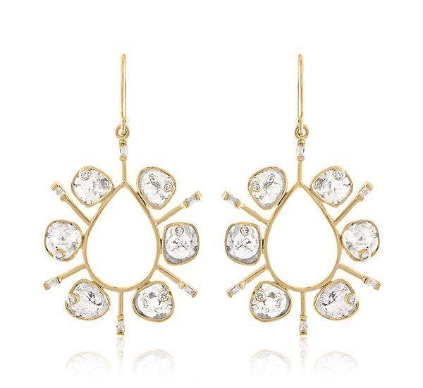 Серьги из золота с алмазными дольками и бриллиантами багетной огранки в качестве акцентов