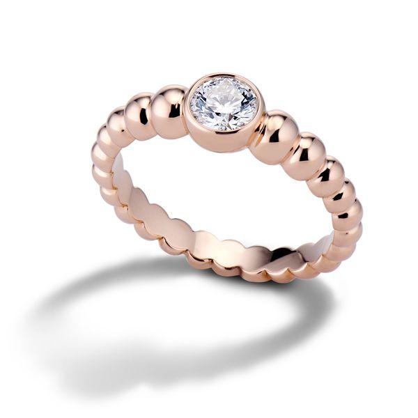 Обручальное кольцо Union от Lola Fenhirst из розового золота с градуированными восходящими бусинами и бриллиантом