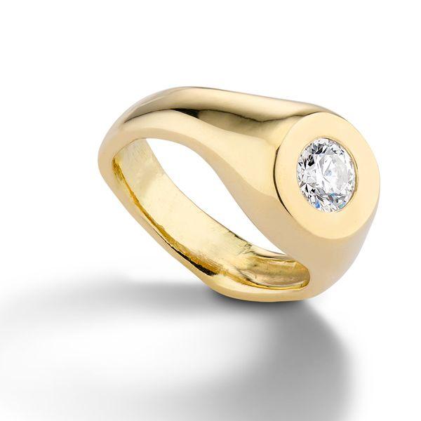 Обручальное кольцо Mara от Авроры Лопес Мехиа из желтого золота с бриллиантом