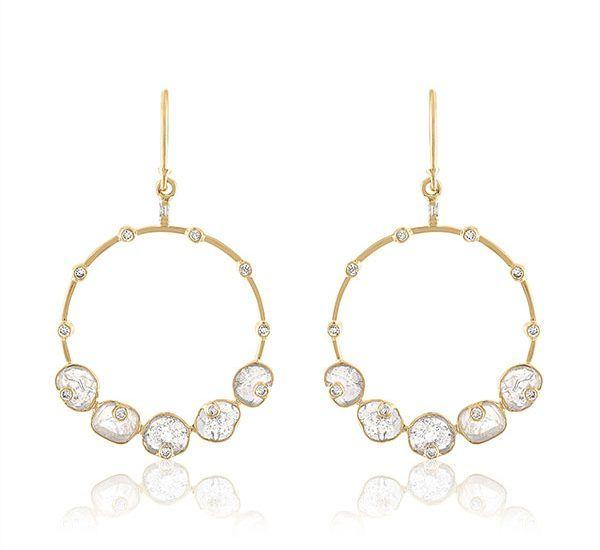 Серьги-кольца из золота с алмазными дольками и белыми бриллиантами