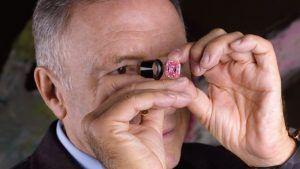 5 самых дорогих в мире цветных бриллиантов