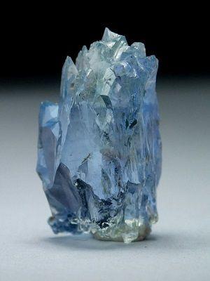 Редкий еремеевит: свойства камня и украшения с ним