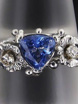 кольцо с еремеевитом