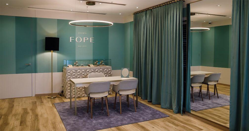 Итальянский ювелирный бренд FOPE интерьер нового и первого магазина