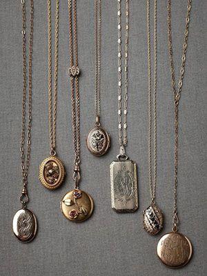 старинные медальоны