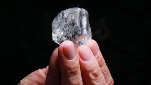 Lucara добыла второй большой алмаз в этом году