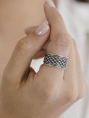кольцо из оксидированного серебра кельтское