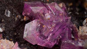 Фосфосидерит: свойства и применение необычного камня