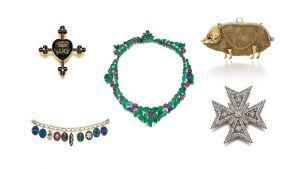Коллекция ювелирных украшений графини Маунтбеттен с кулонами королевы Виктории отправляется на аукцион