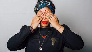 Как она управляет: ювелирный дизайнер Шаде Хукс, основатель бренда Sadé