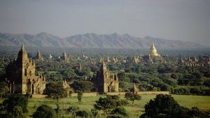 США наложили санкции на трех бирманских продавцов драгоценных камней