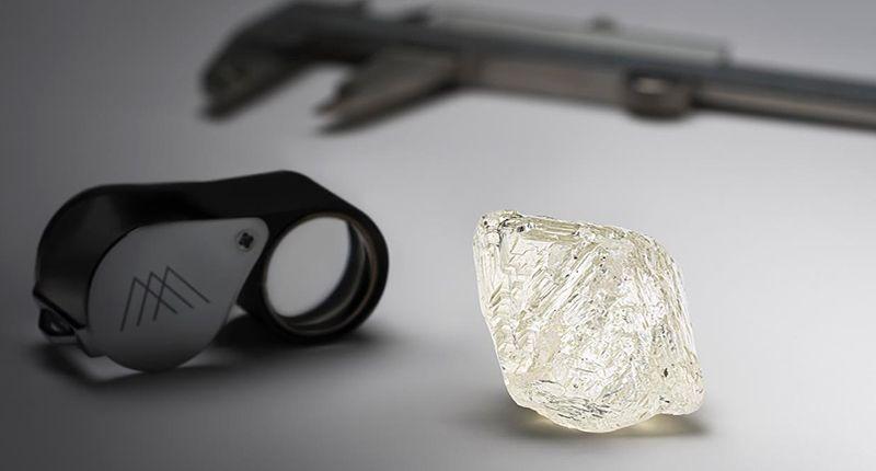 Mountain Province Diamonds и De Beers Group извлекли этот алмаз весом почти 160 карат на руднике Gahcho Kué в Канаде