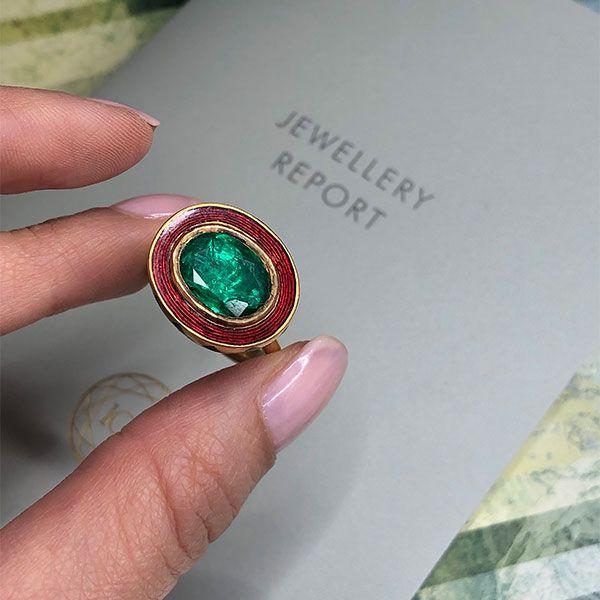 Кольцо Alice Cicolini Jodhpur Miniature Leaf из золота с эмалью и 3-каратным изумрудом