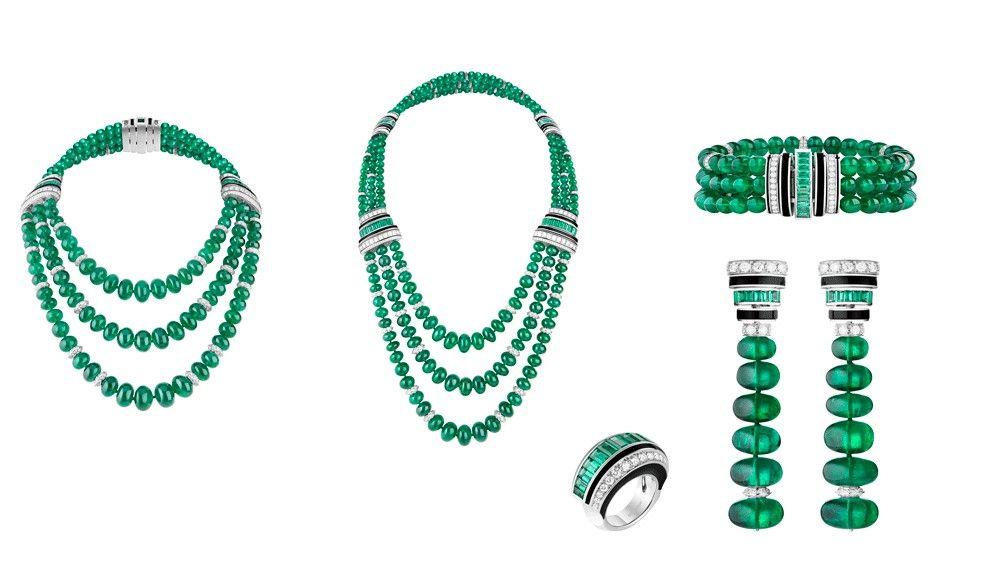 Ожерелье Boucheron с изумрудами, бриллиантами и ониксом