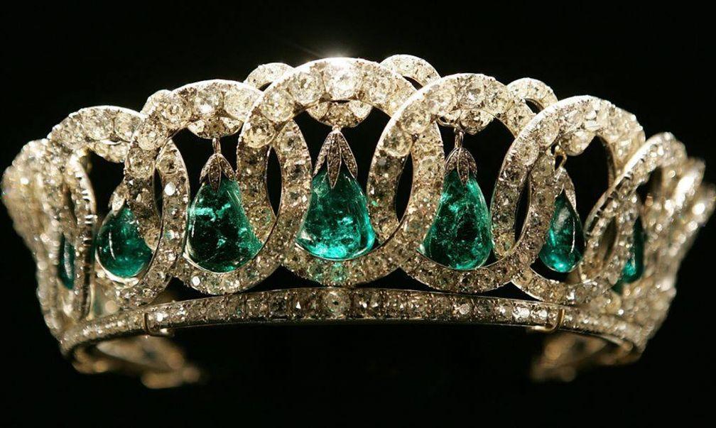Владимирская тиара королевы Елизаветы II