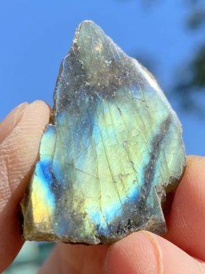 Минерал плагиоклаз: свойства и применение камня