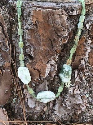 Ахоит: свойства и применение редкого камня