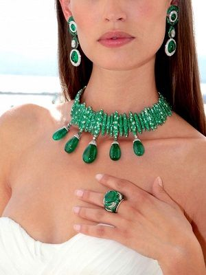 Самые красивые камни зеленого цвета для украшений