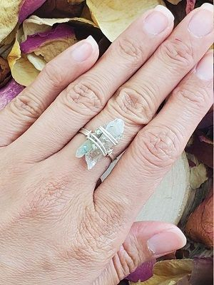 кольцо с ахоитом