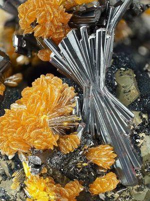опасные вещества в минералах