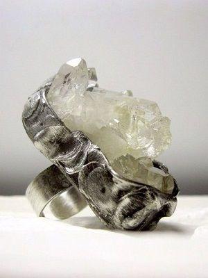 кольцо с апофиллитом