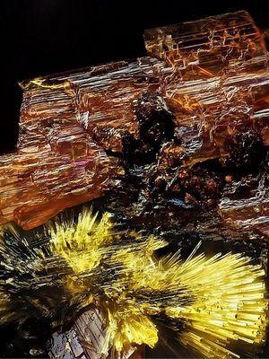 описание и свойства кристалла