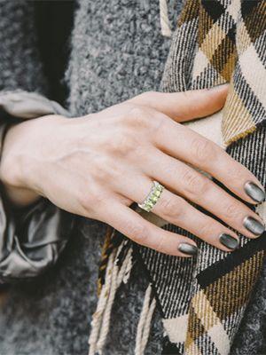 Редкий амблигонит: свойства и применение камня в ювелирном деле