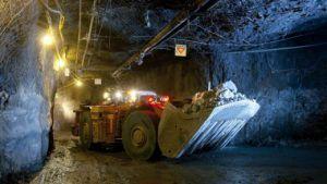 Petra Diamonds возвращается к прибыли по мере приближения сделки
