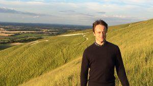 Британский ювелир Кристофер Томпсон Ройдс превращает полевые цветы в драгоценные произведения искусства