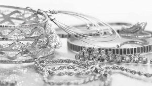 Продажи серебра в 2020 году были высокими, особенно среди молодых потребителей