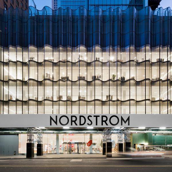 Магазин Nordstrom в Нью-Йорке