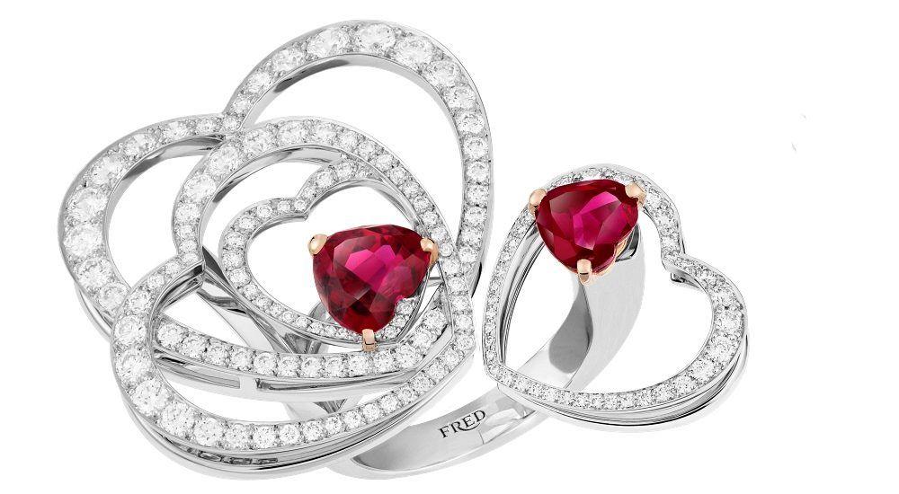 Отличительный дизайн «сердце в сердце»