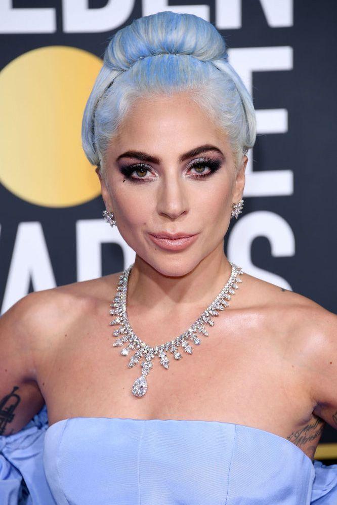Леди Гага принимает участие в 76-й ежегодной церемонии вручения награды «Золотой глобус» в отеле Beverly Hilton 6 января 2019 года