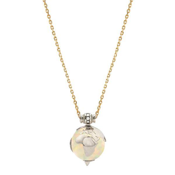 Ожерелье Earth из белого и желтого золота и черного родия, с эфиопским опалом массой 24 карата и бриллиантами