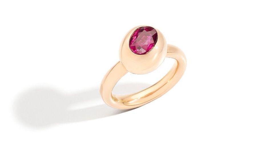 Кольцо Nuvola Ruby от Pomellato