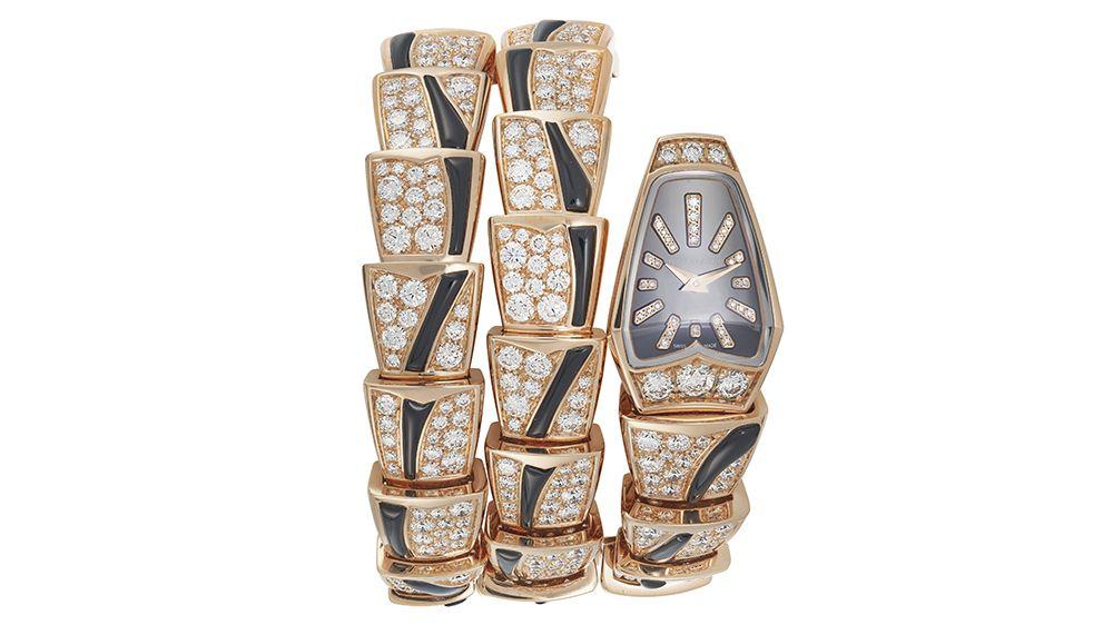 Наручные часы Serpenti от Bvlgari с бриллиантами и ониксом