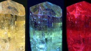 Скаполит: свойства и применение камня