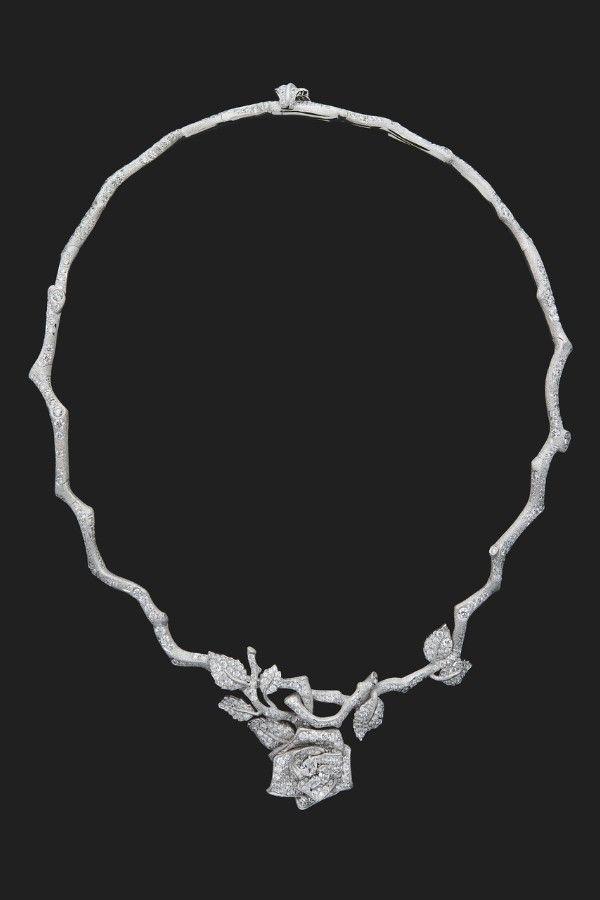 Колье RoseDior из белого золота с бриллиантами