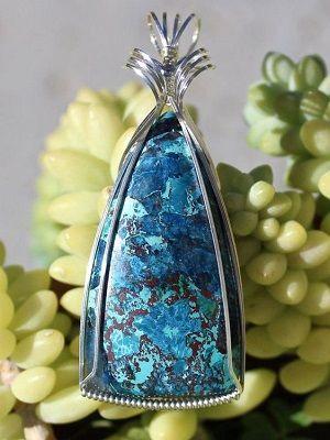 Камень Шаттукит: свойства и использование в ювелирном деле