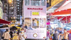 Розничные продажи в Гонконге продолжают снижаться